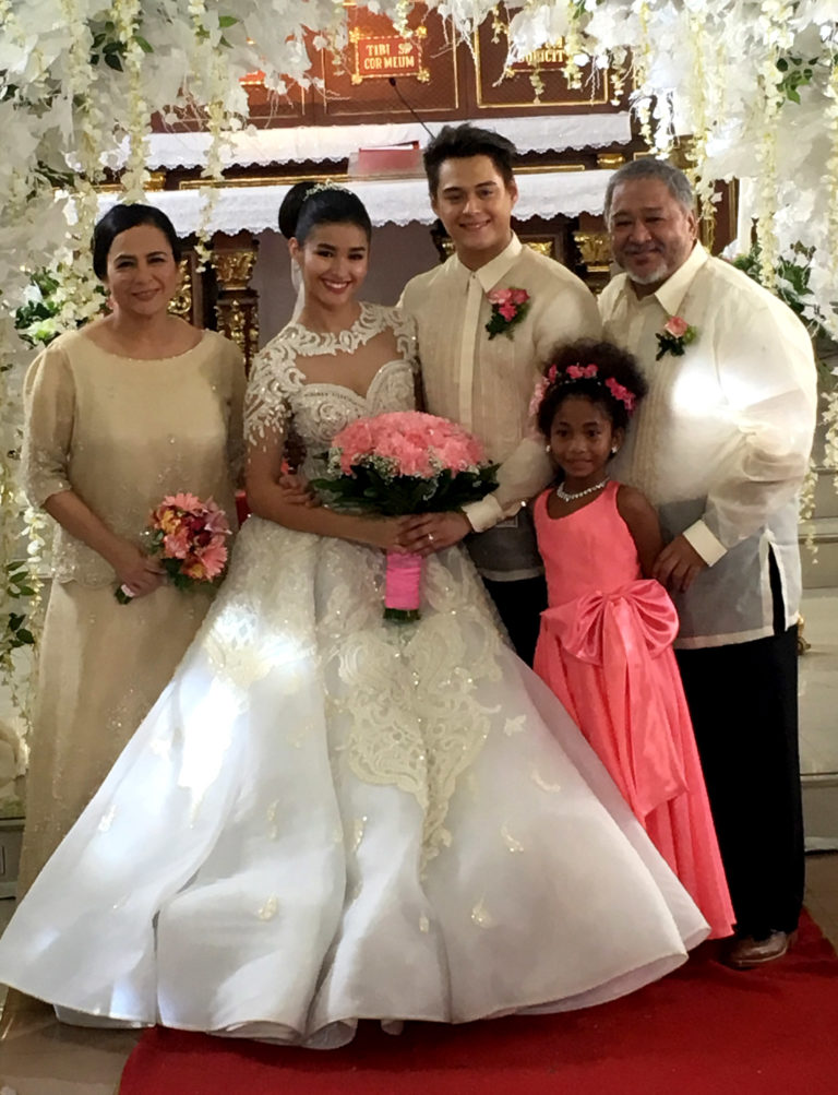 Liza Soberano And Enrique Gil With Co Stars Rio Locsin Bobot Mortiz Kulot